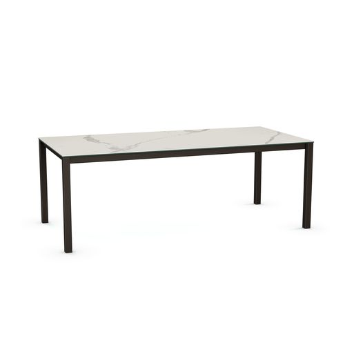 Nicholson Table Base